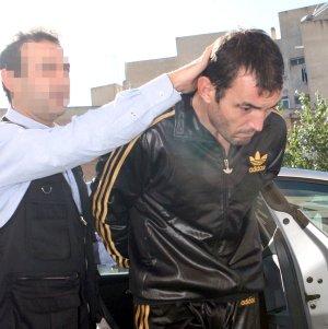 El presunto homicida, Jorge Agustín Sánchez, en su traslado al juzgado, antes de que el juez decidiese su ingreso en prisión.