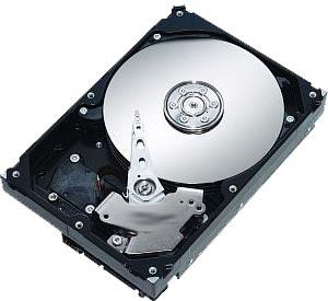 Los principales fabricantes de discos duros, Western Digital, Toshiba y Seagate, se han visto afectados por la catástrofe natural, que ha disparado el precio de los discos entre un 30% y un 180%, según su capacidad de almacenamiento.