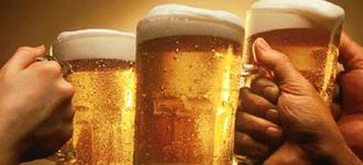 Componente de la cerveza serviría para crear fármacos contra el cáncer y la diabetes