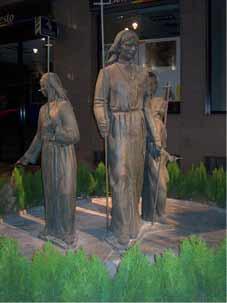 Monumento al Procesionista (Cartagena) inicialmente se encontraba en la Plaza de España