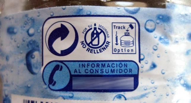 ¿Es peligroso rellenar las botellas de agua?