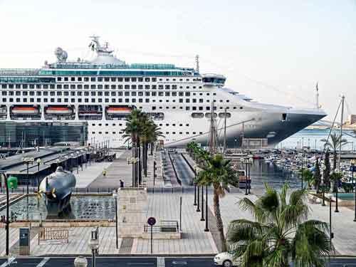 Puerto de Cartagena. (barcosyatesveleros.com)