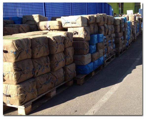 Fardos de droga en La Comisaría de Cartagena